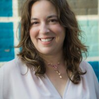 Author photo of Kelly Harms